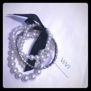 Pearls, sparkle and ribbon
